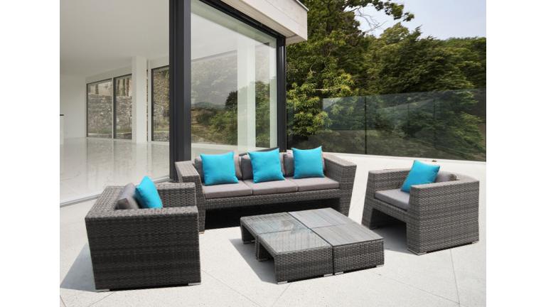 Mobilier haut de gamme pour salon de jardin le paysagiste - Ou trouver des coussins pour salon de jardin palette ...