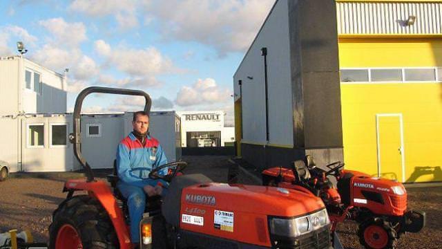 location tracteur porte outils termaloc