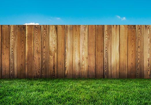 Un rendu naturel pour la clôture en bois