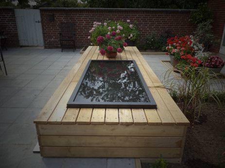 Mini bassin incorporé dans un banc