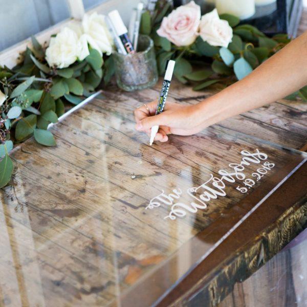livre d'or en plexiglas pour mariage